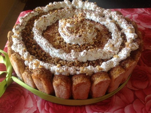 torta charlotte cremosa